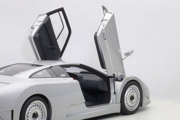 Bugatti EB110 GT 1991 (silver)