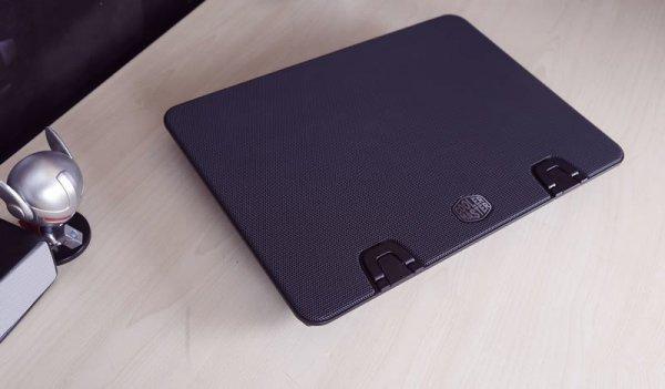 Podstawka chłodząca pod laptop Cooler Master Ergostand IV R9-NBS-E42K-GP (15.6 cala, 17.x cala; 1 wentylator; HUB)