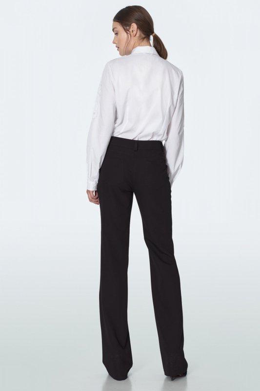 Czarne spodnie z lekko rozszerzaną nogawką SD52 Black - Nife
