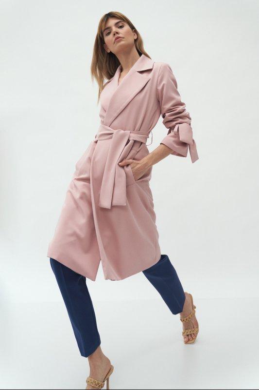 Różowy płaszcz z wiązanymi rękawami PL13 Pink - Nife