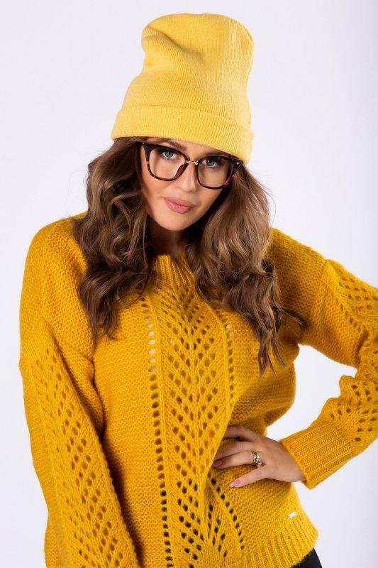 sweter z ażurowymi przeszyciami