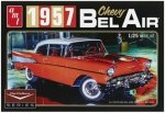 Model plastikowy - Samochód 1957 Chevy Bel Air (Color) - AMT
