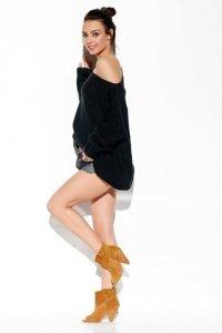 Modny oversizowy sweter odsłaniający ramię LS277