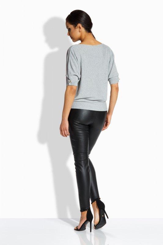 L205 Kobieca bluzka w formie nietoperza