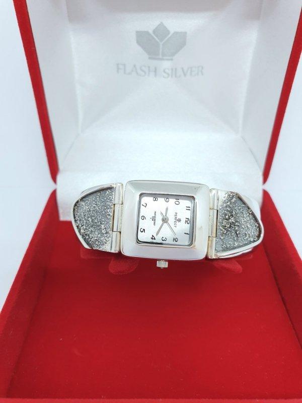 Zegarek ze srebra zdobiona bransoleta kod 909