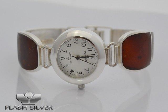 Srebrny zegarek z naturalnym idealny na prezent