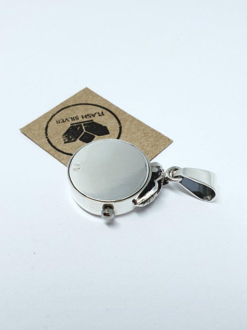 wiszący srebrny zegarek kod 894