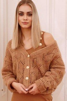 Ażurowy sweter damski zapinany na złote guziki ochra S112