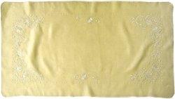 Obrus Haftowany Bruna 9591 60x120 cm kolor: krem