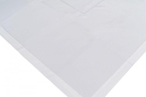 Obrus z mereżką rozmiar 60x120 wzór biały (200)