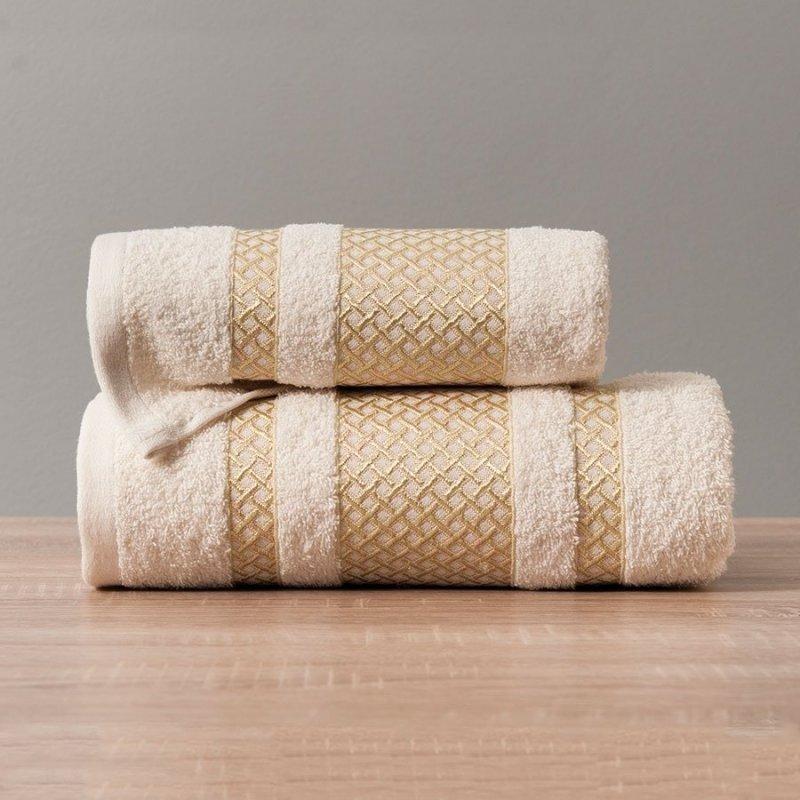 Ręcznik Lionel 70x140 kolor kremowy ze złotą bordiurą