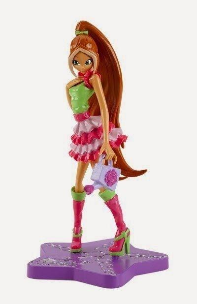 WinX Club Magia Sirenix 3 - figurka Flora Trendy (z konewką)
