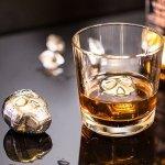 Metalowe czaszki do drinków