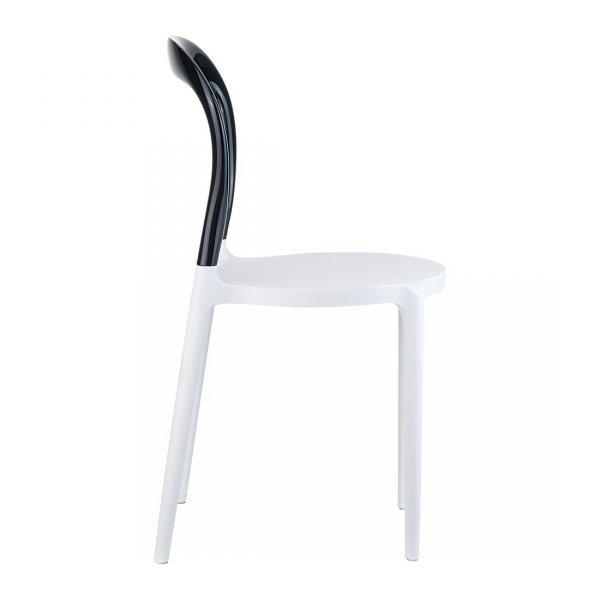 Krzesło przeźroczyste, łatwe w składowaniu, przeznaczone zarówno do pomieszczeń jak i do użytku na zewnątrz.