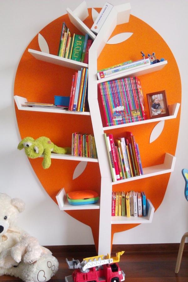 Regał Drzewko na książki i zabawki Plus Timoore