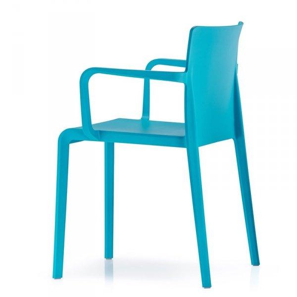 Designerskie krzesło z tworzywa niebieskie Pedrali Volt 675