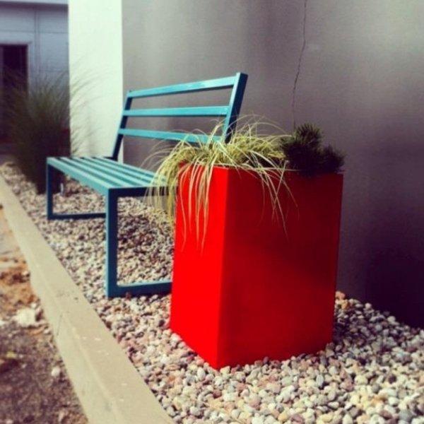 Stylowa donica do wnętrz i ogrodów Etro w pięknych, żywych kolorach