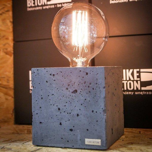 Edison Cube jest unikalna, dzięki porowatej strukturze betonu