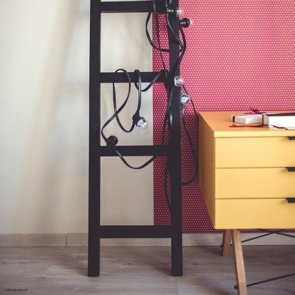Stylowe meble marki Minko w kolorze jasno musztardowym w duchu scandi
