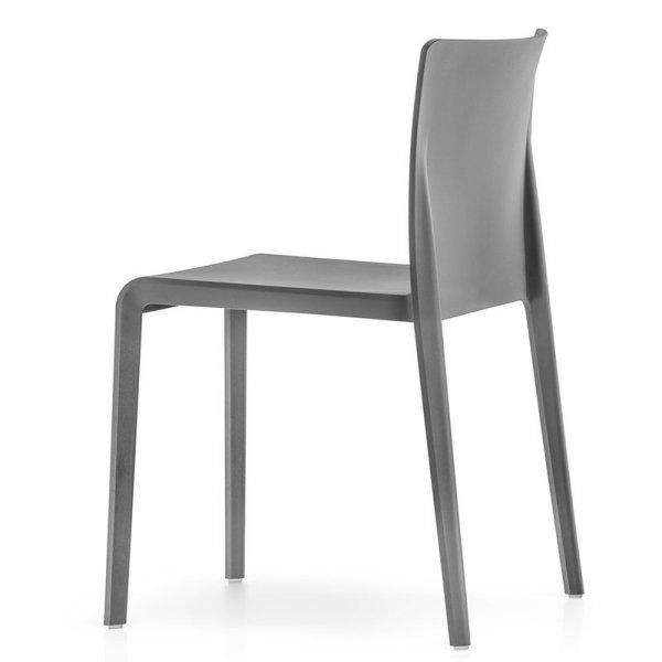 Nowoczesne krzesła ogrodowe Pedrali Volt 670