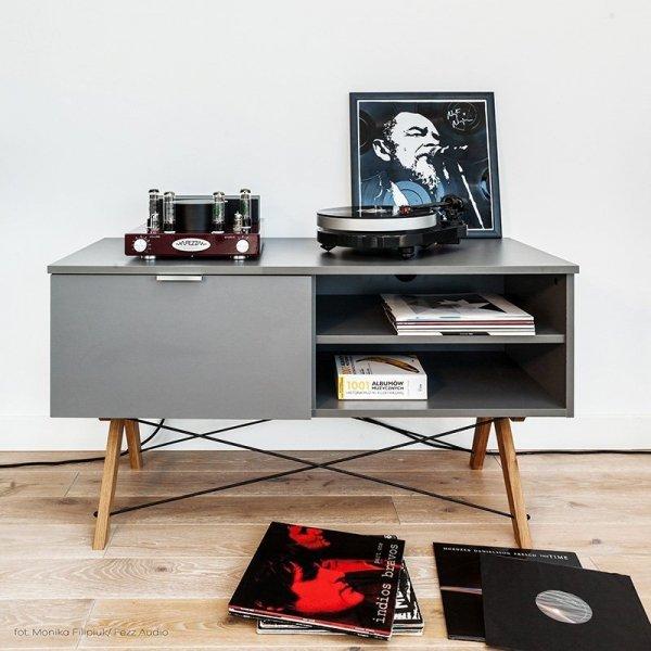 Stylowa szafka telewizyjna Sideboard Minko do salonu lub sypialni