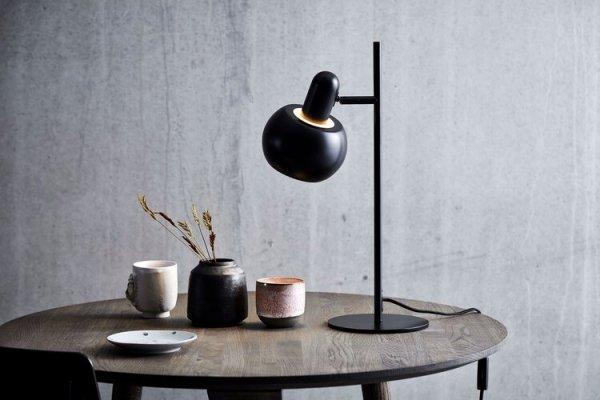 Lampa stołowa BF20 Frandsen czarny/mat