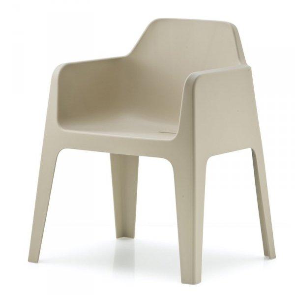 Stylowe fotele ogrodowe Plus 630 Pedrali piaskowy
