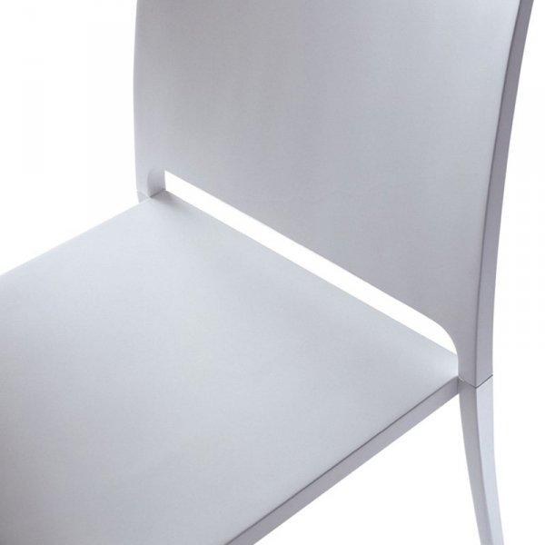 Minimalistyczne i wytrzymałe krzesło Mya