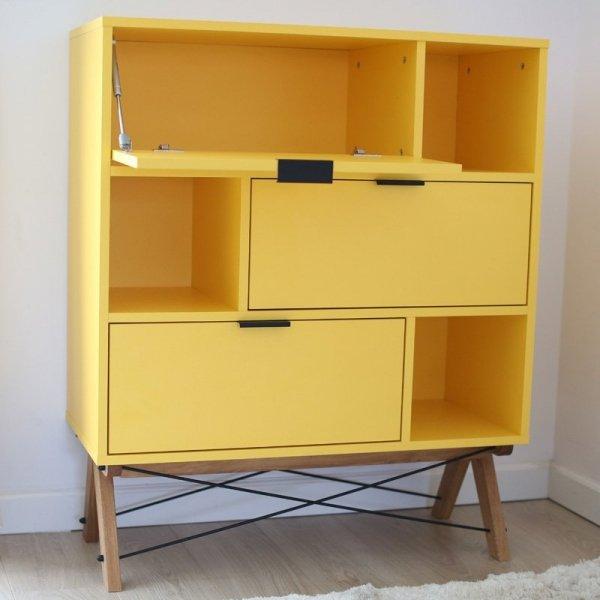 Stylowa szafka na buty z 3 zamykanymi szafkami oraz 3 półkami