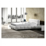 Designerskie łóżko od producenta Domino