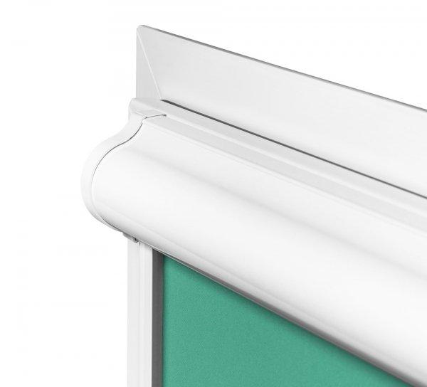 Bezinwazyjny montaż rolety samozwijającej w kasecie, na ramie okna