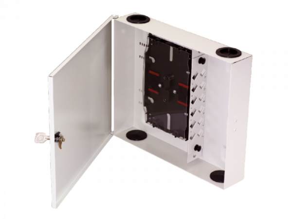 Naścienna szafka rozdzielcza 24 SC simplex (w zestawie tacki)