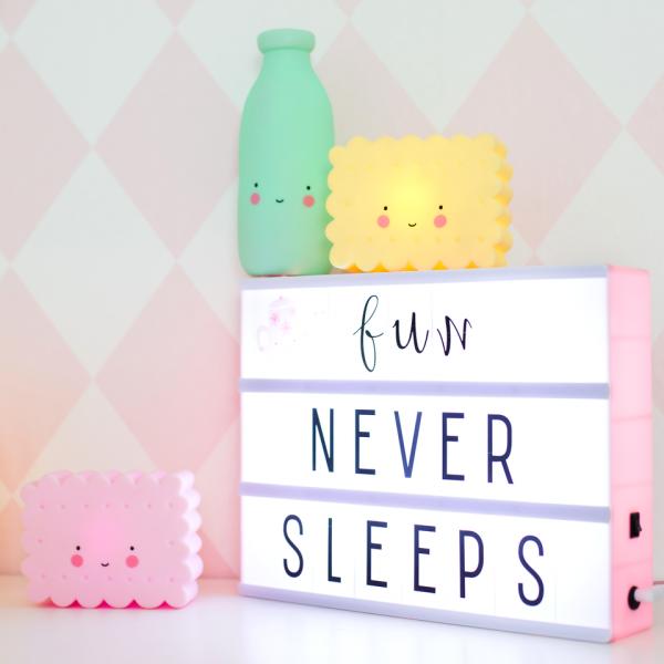 A little lovely company, lampka ledowa ciasteczko różowe, mała