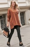 Asymetryczna bluza damska karmelowa Numinou NU250-2
