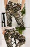 Dopasowane spodnie moro Lola Fashion tył