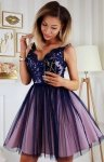 Rozkloszowana sukienka z koronką granatowa Bicotone 2206-11