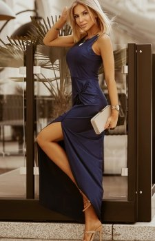 Wieczorowa sukienka maxi granatowa 2226-01