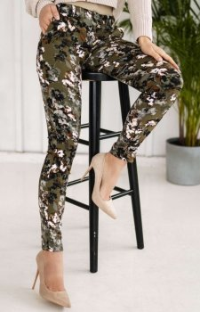 Dopasowane spodnie moro Lola Fashion