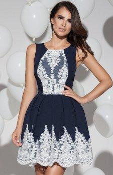 Plisowana sukienka z koronką 2119-01