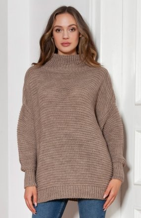 Sweter oversize z golfem mocca SWE148