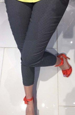 *Lola Fashion spodnie cygaretki wzór 4