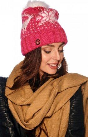 Ciepła czapka z pomponem LC120
