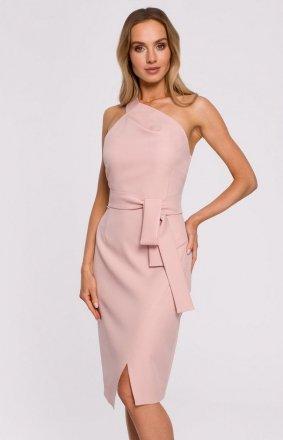 Elegancka pudrowa sukienka na jedno ramię M572
