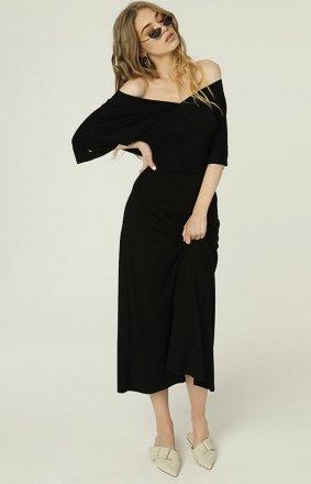 Czarna sukienka z dekoltem Evie MAD488