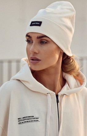 Kremowa czapka beanie M624