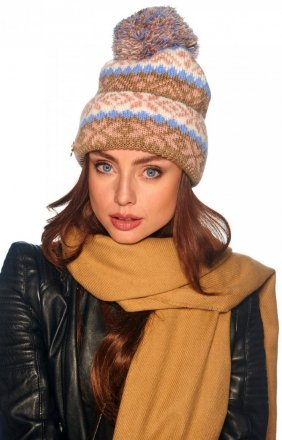 Wzorzysta czapka z pomponem cappucino LC117