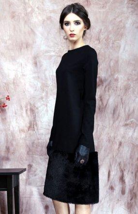 Kasia Miciak design zimowa z futrem sukienka czarna