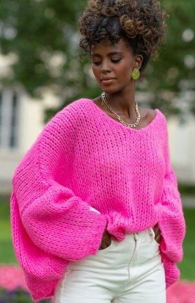 *Oversizowy sweter damski różowy F1256