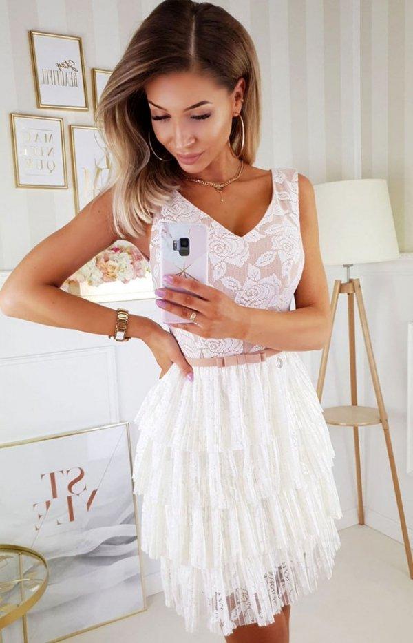 Elegancka sukienka z koronką beżowa 2211-21
