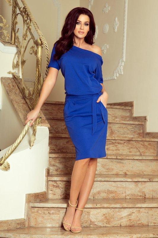 Chabrowa sukienka z wiązaniem Cassie Numoco 249-1-1